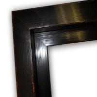 Echtholz Schattenfugenrahmen schwarz glänzend mit rot-braunen Highlights
