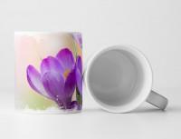 Tasse Geschenk Naturfotografie – Violette Krokusse