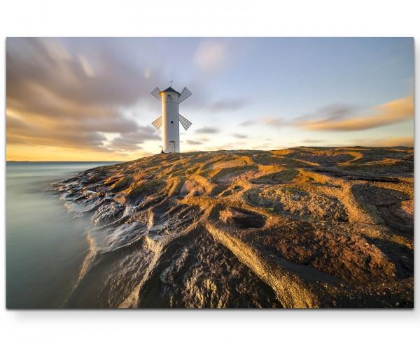 Windmühle an der Küste in Polen - Leinwandbild