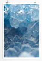 60x90cm Poster Künstlerische Fotografie – Blaue Quartzkristalle