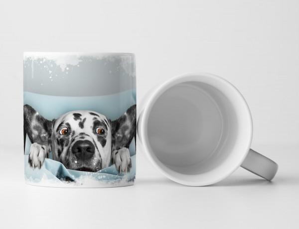 Tasse Geschenk witziger Hund unter der Decke hat Angst