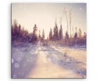 Landschaftsfotografie –  Verschneiter Winterwald im Sonnenlicht auf Leinwand exklusives Wandbild mod