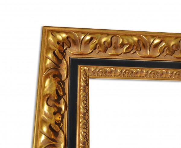 Goldener Barockrahmen mit schwarzer Linie