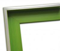 Echtholz Schattenfugenrahmen in hellgrün mit Silberkante