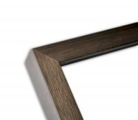Moderne Blockleiste in grau-braun lasiert