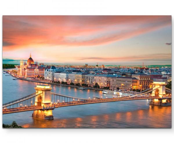 Blick über das Parlament und Donau in Budapest, Ungarn - Leinwandbild