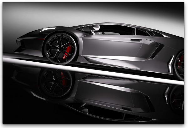 Sportwagen in grau Wandbild in verschiedenen Größen
