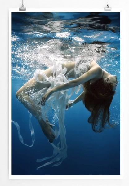 Künstlerische Fotografie – Frau im Meer 60x90cm Poster