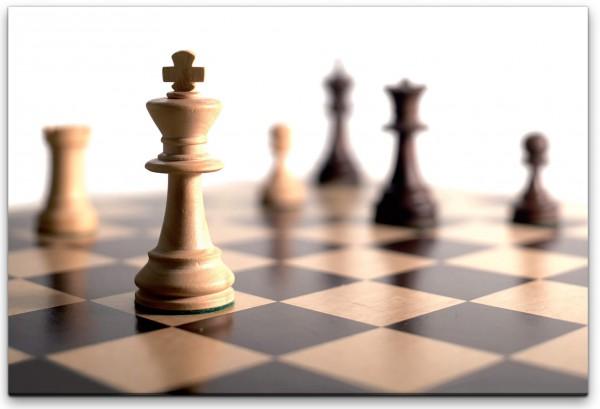 Schachbrett mit König Wandbild in verschiedenen Größen