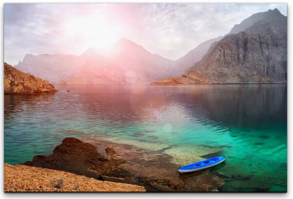 Landschaft mit Bergen und Wasser Wandbild in verschiedenen Größen
