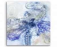 Großer Oktopus in Blautönen mit Kalligraphie