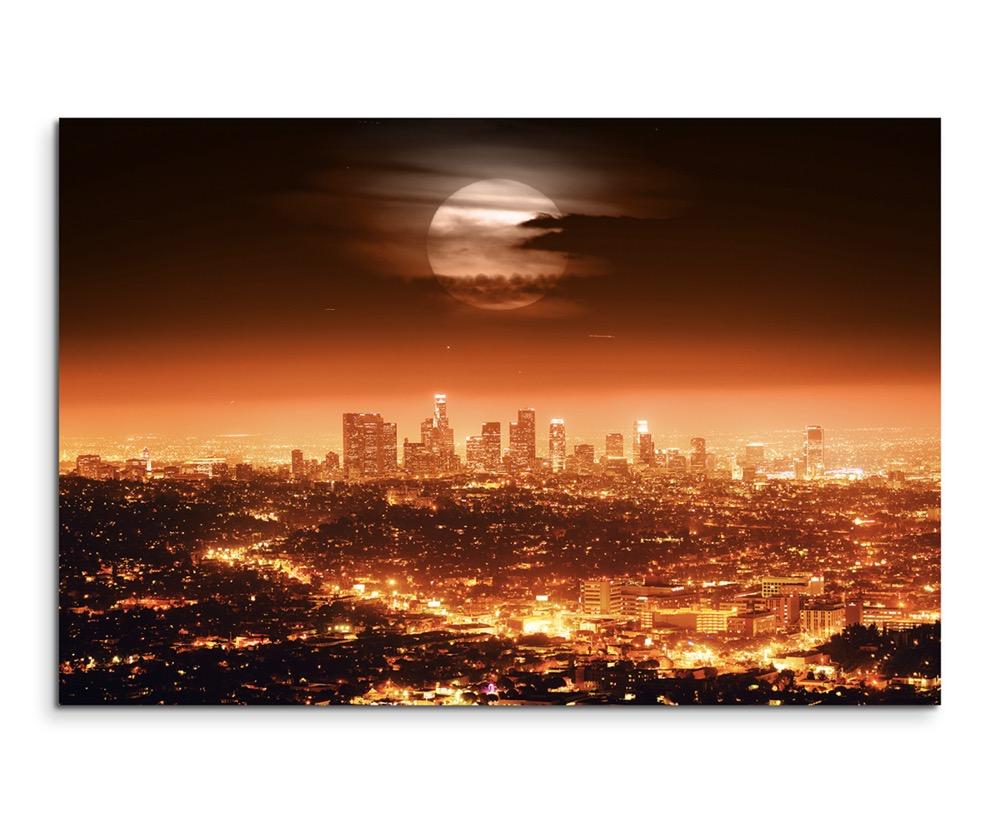 Urbane Fotografie – Dramatischer Vollmond über Los Angeles, USA auf ...